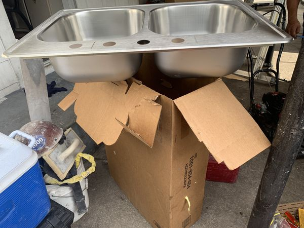 """Elkay swift install sink 33""""L x 22""""W x 8""""D top mount double bowl kitchen sink"""