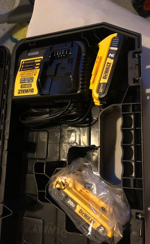 Dewalt 20v 2.0 battery and charge new for Sale in Oxon Hill, MD