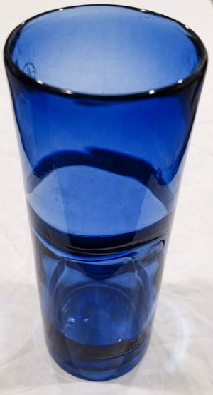Margie's Garden Blue Hand Blown Art Glass Vase With Original Label for Sale in Southlake, TX