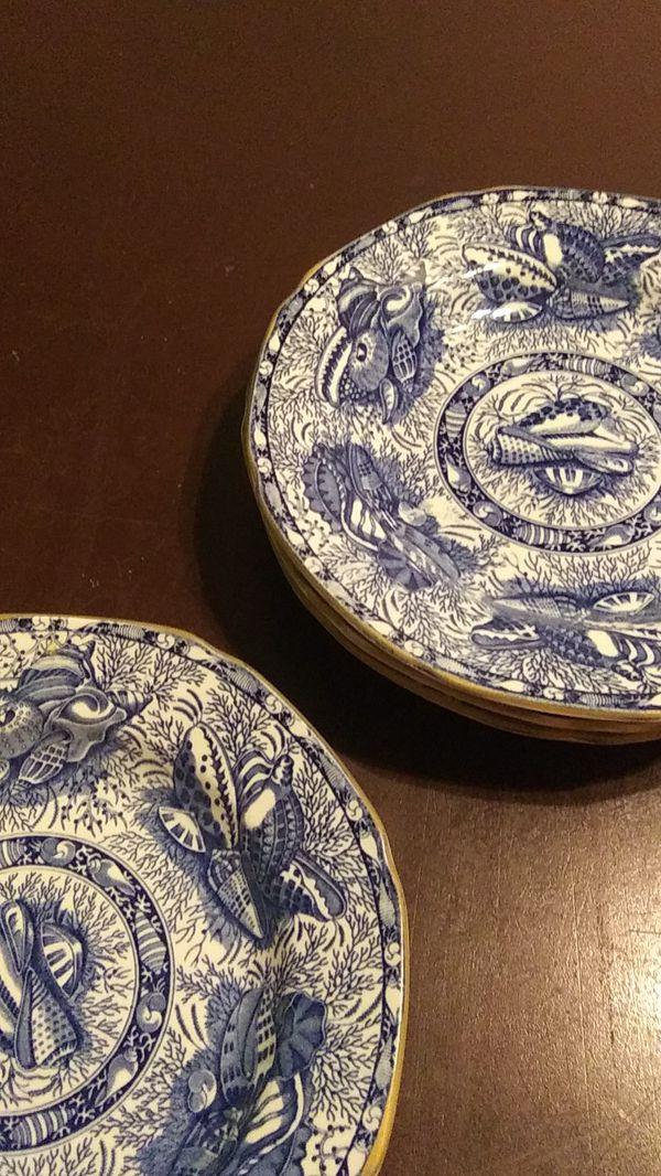 Torquay. England blue shell cake dessert dish plates. 5