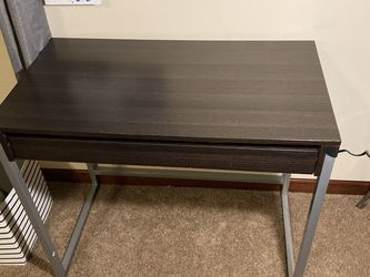 Small Sturdy Desk With Drawer $15 for Sale in Monroe,  WA