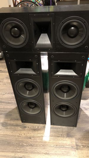 Klipsch KLF-10 loudspeakers with matching center channel for Sale in San Rafael, CA