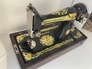 Máquina de coser SINGER, 1935, restaurada para exhibición!! Todo original. for Sale in Pinecrest, FL