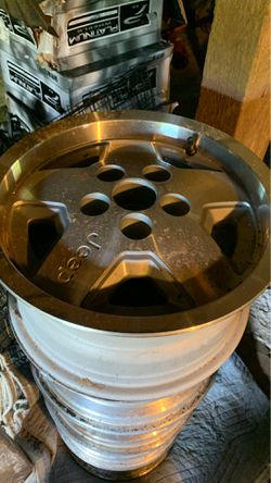 94 JEEP set of 5 RIMS 1 -new rim for Sale in Battle Ground,  WA