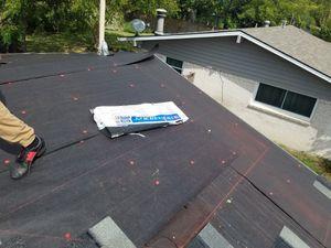 Roofing y más buenos precios y trabajo garantizado for Sale in Fort Worth, TX