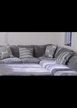 Grey Sectional Couch Sofa From Living Spaces for Sale in Torrance, CA