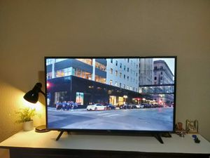 TCL 50 inch UltraHD Roku LED TV for Sale in Dallas, TX