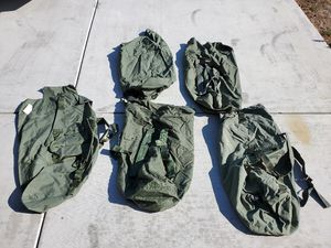 Military sea bags great condition no holes or tears 5 or 6 for Sale in Moreno Valley, CA