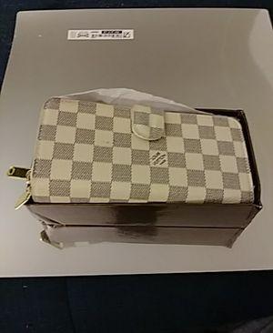 Louis vuitton wallet for Sale in Wheat Ridge, CO