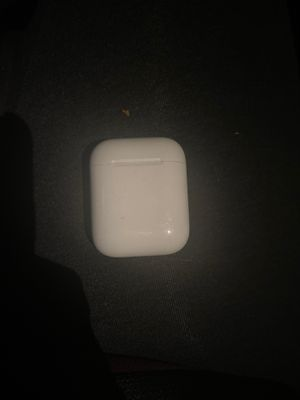 AirPod charging case ONLY for Sale in Orlando, FL