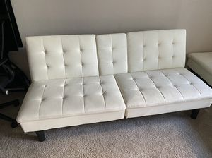 An Ellegant comfy white couch futon with cup holders $125 for Sale in Marina del Rey, CA