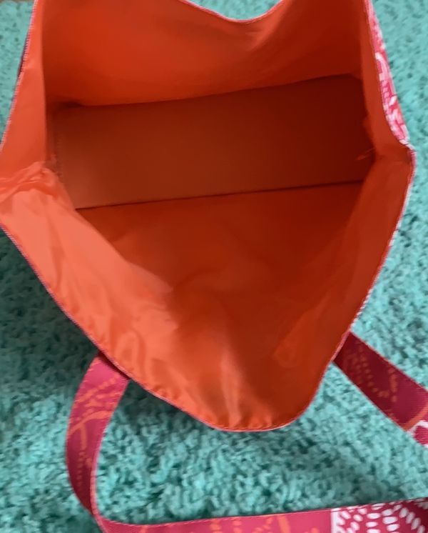 Lilly Pulitzer for Estée Lauder tote with pouch
