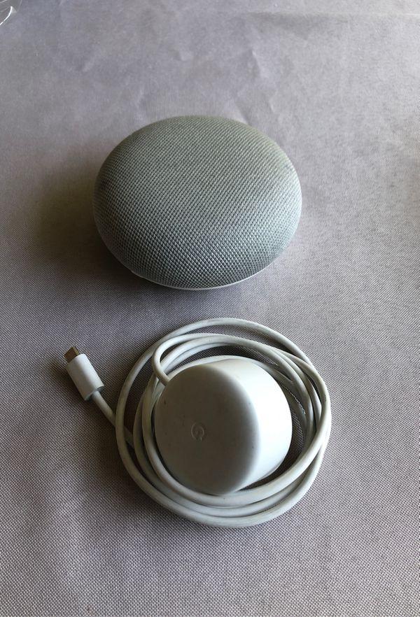 Google Chromecast and Google Home Mini