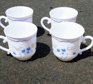 Vintage cups and saucers for Sale in Oregon City, OR