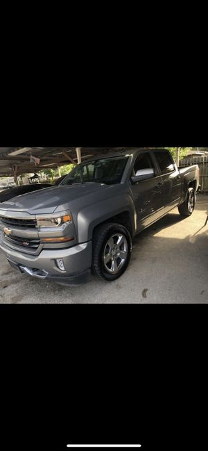 2017 Chevy Silverado 100dwn for Sale in Houston, TX