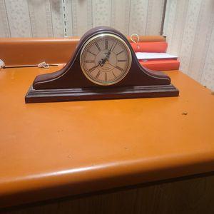 Vintage Skytimer Westminster Quartz Mantle Clock for Sale in Takoma Park, MD