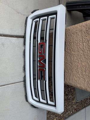 2014-2019 GMC Sierra grill for Sale in North Las Vegas, NV