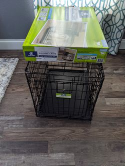 """Like new 24"""" Dog Crate for Sale in Ocala,  FL"""