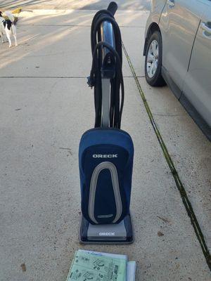 Oreck vacuum for Sale in Suffolk, VA