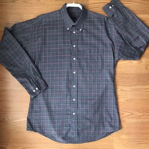 Burberry button down shirt for Sale in Canyon Lake, CA