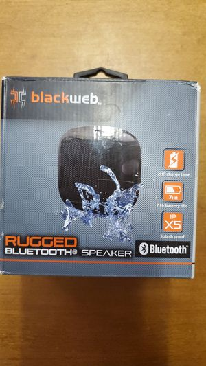 Rugged bluetooth speaker (Splash proof, 7 hour battery life) for Sale in Gladewater, TX