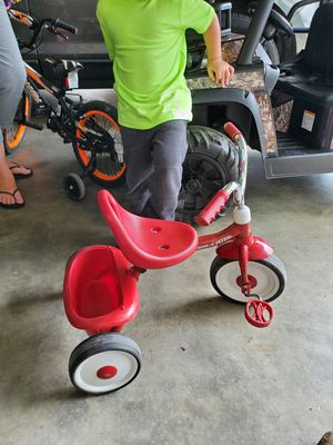 Radio flyer tricycle for Sale in Salisbury, NC