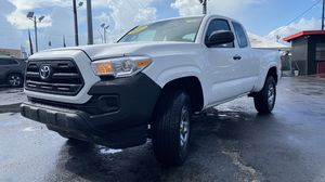 Toyota Tacoma 2017 for Sale in Hialeah, FL