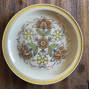 Vintage MCM Plate for Sale in Carlton, OR