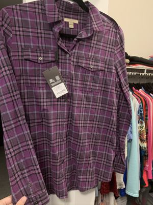 Women fitted New Burberry Shirt Size Small (Value $295) for Sale in Miami Gardens, FL