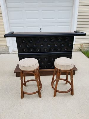 Mid century modern vintage 1960s/70s retro bar with 2 stools for Sale in Glen Burnie, MD