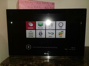 GREAT LG TV 32INCH for Sale in Gibsonton, FL
