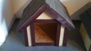 Dog house for Sale in Hesperia, CA