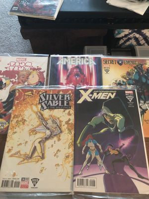 Marvel Assorted Comic Bundle for Sale in Fairmont, WV