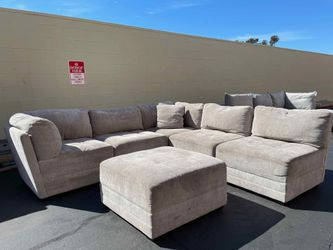 CLEARANCE | COSTCO 6-piece Fabric Modular Sectional, Light Gray 🔥$50 DOWN for Sale in San Diego,  CA