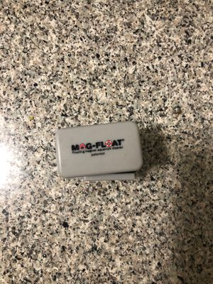 Mag float fish tank glass cleaner for Sale in Santa Ana, CA