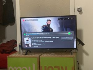 TCL 32S327 32-Inch 1080p Roku Smart LED TV (2018 Model) for Sale in Austin, TX
