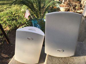 Klipsch AW-500 Outdoor Speaker - White for Sale in Long Beach, CA