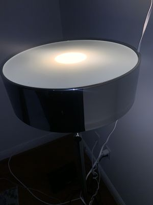 Beautiful lamp for Sale in Miami, FL