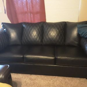 Couch and Loveseat OBRO for Sale in Snyder, TX