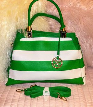 New green and white pocketbook with strap and white wallet for Sale in Chase City, VA