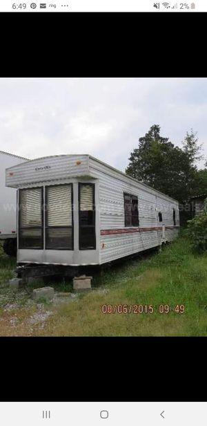 40 foot park model camper. Trade for v8 pickup truck or best offer. for Sale in West Bend, WI