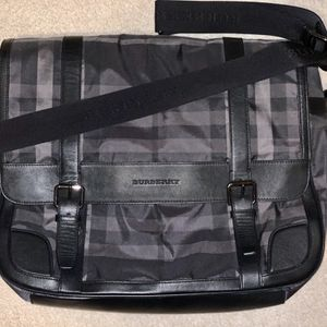 Burberry messenger bag for Sale in San Antonio, TX