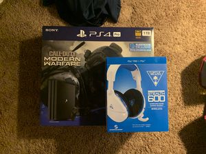 PS4 PRO for Sale in Moreno Valley, CA