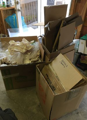 Moving / packing boxes & material *FREE for Sale in West Linn, OR