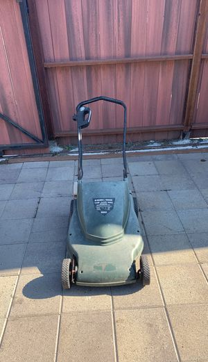 Black and decker mower for Sale in Richmond, CA
