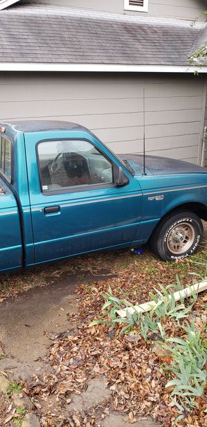 1993 Ford Ranger XLT pickup truck for Sale in Dallas, TX
