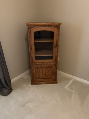 TV Solid Oak Cabinet for Sale in Odessa, FL
