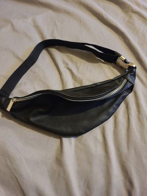 Leather fanny pack waist bag for Sale in MIDDLE CITY WEST, PA
