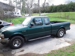 2000 ford ranger xlt 135k miles for Sale in Chickamauga, GA