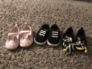 Four pairs of assorted color baby shoes for Sale in Houston, TX